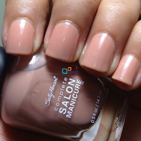 Sally Hansen Salon Complete Nude Now 230