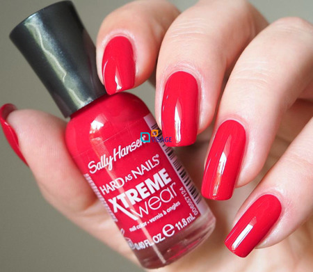 Sally Hansen Xtreme Wear Cherry Red